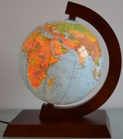 Globus 250 polityczno-fizyczny podświetlany, drewniana oprawa GŁOWALA 9631