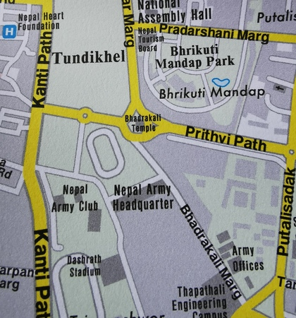 NEPAL BHUTAN HIMALAJE mapa 1:800 000 FREYTAG & BERNDT 2020 (5)