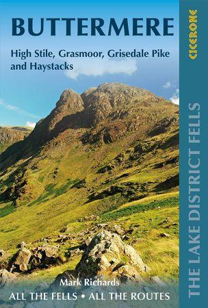 Walking the Lake District Fells - Buttermere przewodnik CICERONE 2020 (1)