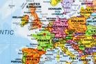 ŚWIAT polityczna mapa ścienna 103 x 74 cm 1:40 000 000 Maps International (2)