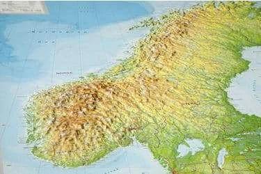SKANDYNAWIA mapa plastyczna 1:2 900 000 GEORELIEF (3)